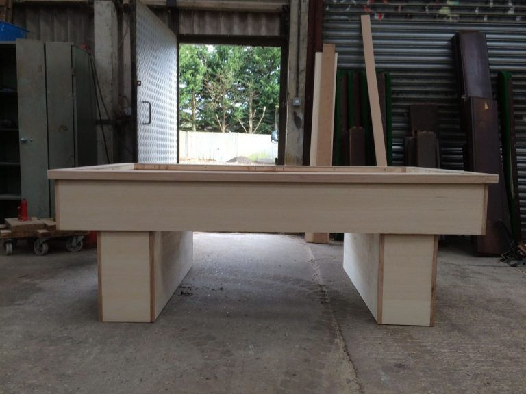7ft-pool-table-in-the-white